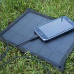 Solar-Ladegerät: energieautark unterwegs - die 5 besten Modelle